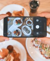 picture of food using smartphone